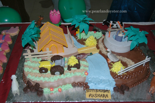 farm_animal_theme_cake